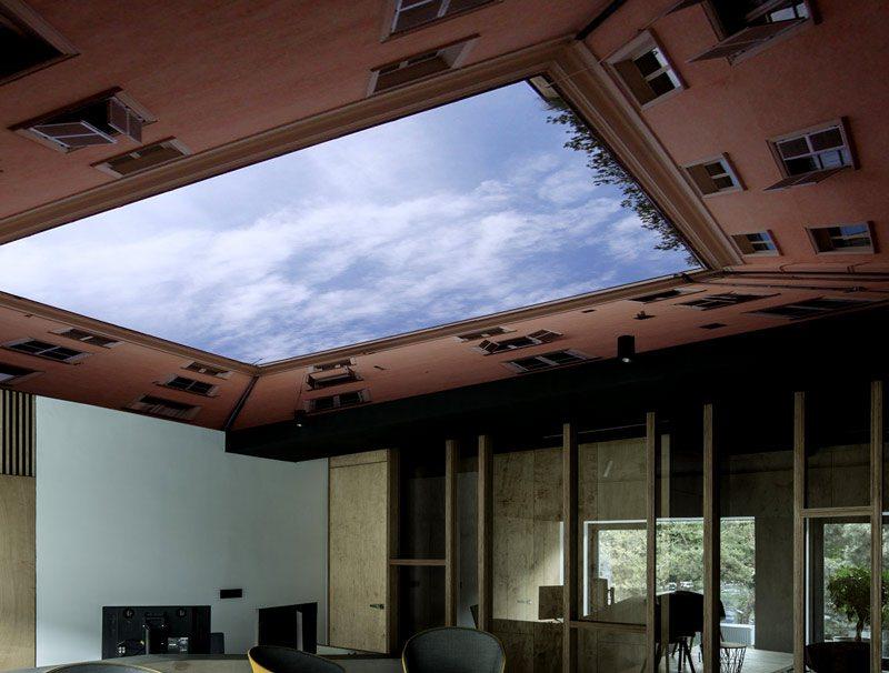 טפט לחדר ישיבות | טפט לתקרה | שמיים בין הבניינים